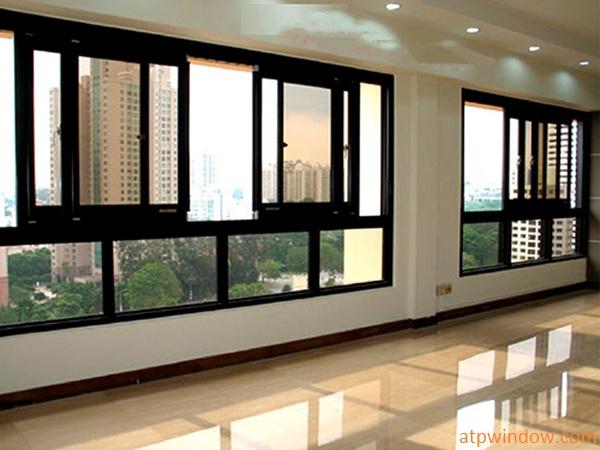 cửa sổ mở trượt 4 cánh và fix nhôm XINGFA